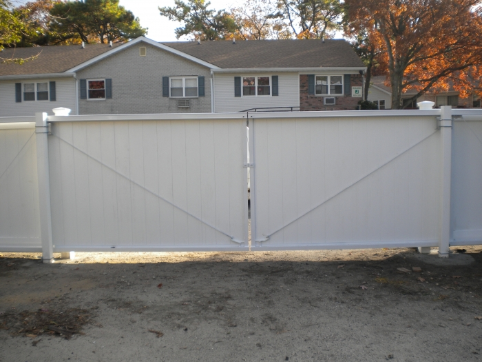 Solid PVC Double Drive Slide Gate